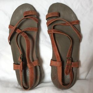 CHACO.  9.  Women's sandals.
